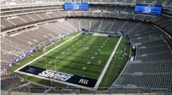 Pair of Giants 2016 season's tickets w/ parking passes