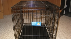 2 Top Paw Folding Double Door Crate - Med / Large