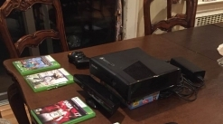 XBOX 36O AND 5 GAMES